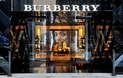 BURBERRY STORE.jpg