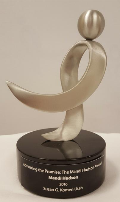 mandi hudson award pic.png